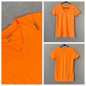 Reebok Speed Wick V Neck Workout T Shirt Orange S